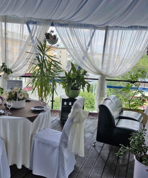 Летняя веранда в лаунж-кафе Тифлис (TIFLIS) г. Екатеринбург